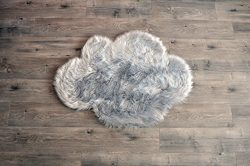 Machine Washable Faux Sheepskin Light Grey Cloud Area Rug 32″ x 44″ – Soft and ...