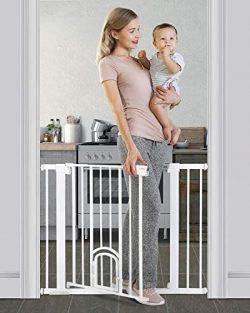 Cumbor 40.6″Auto Close Safety Baby Gate with Arch Cat Door, Extra Wide Durability Pet Gate ...